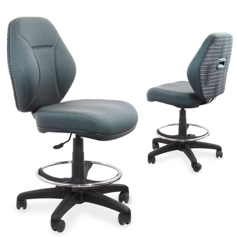 Dealer Seating